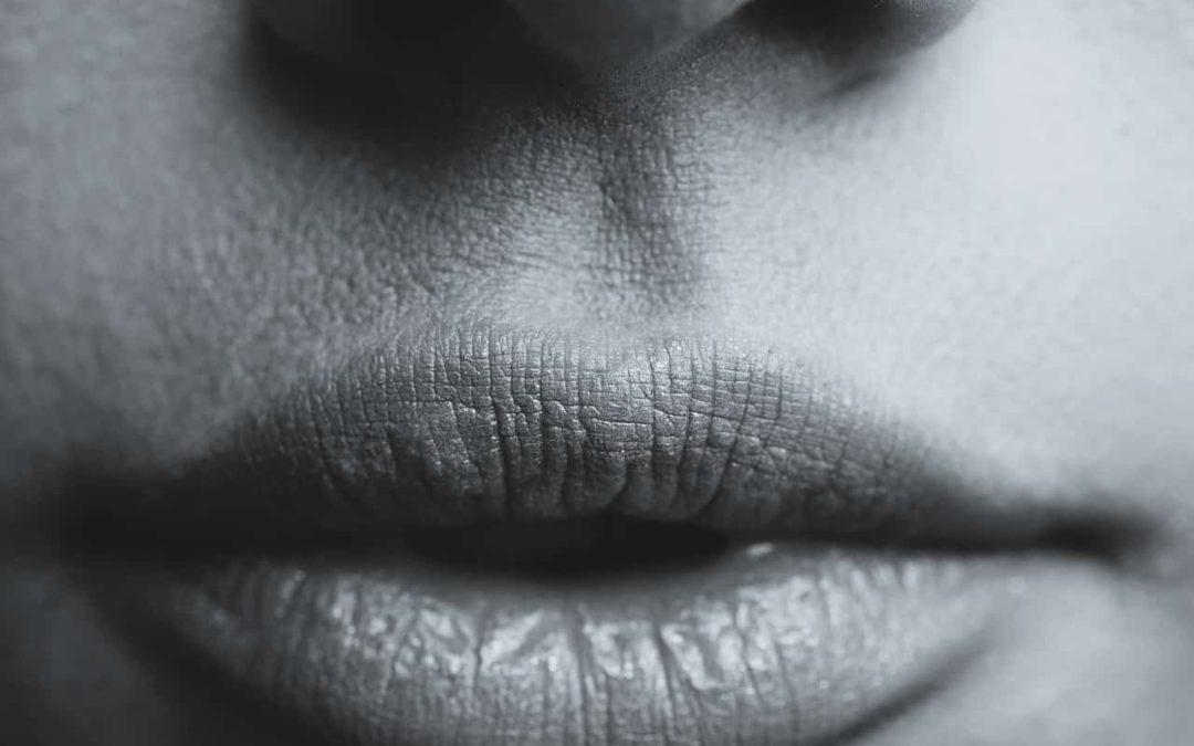 Modelowanie ust – kiedy warto zdecydować się na zabieg?