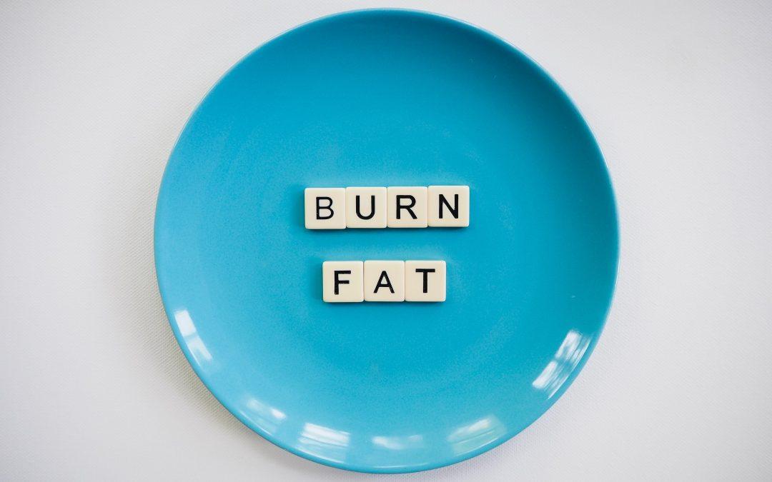 Redukcja tkanki tłuszczowej – sprawdź, jakie ampułki oferujemy w Klinice